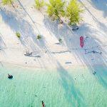 pantai di pulau derawan